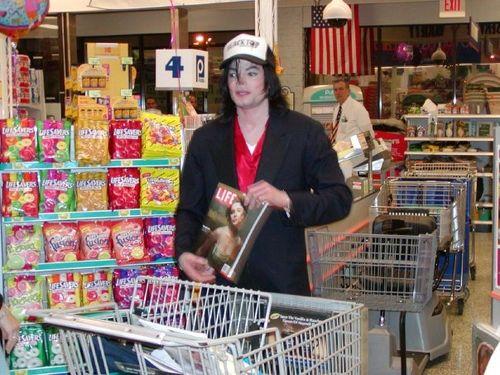 Michael jackson magazine supermarket