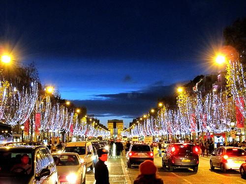 Champs Elysees Paris Blogreporter
