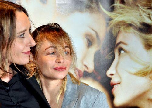 Virginie Despentes et Emmanuelle Beart byebye blondie avant premiere