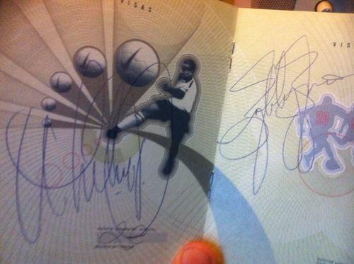 Autograohe Whitney Houston, Bobby Brown, Paris, blogreporter