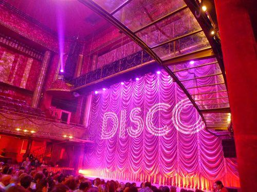 DISCO-spectaclemusical_LeBlogreporter