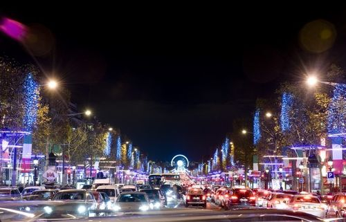 Photo-illuminations-Champs-Elysées-2013_Blogreporter