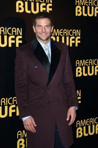 Bradley-Cooper-a-l-avant-premiere-de-American-Bluff-a-Paris-LeBlogreporter