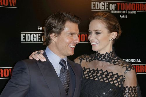 Tom-Cruise-Emily-Blunt-at-Paris-premiere-Edge-Of-Tomorrow-Leblogreporter