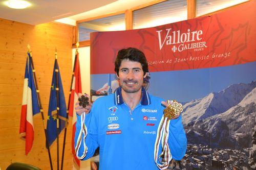 JB-Grange et ses medailles d or-Ski-Blogreporter