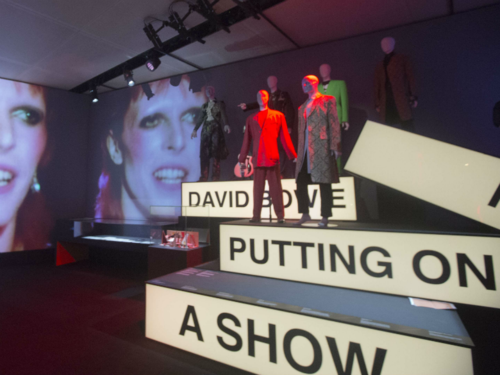 Expo-David-Bowie-is