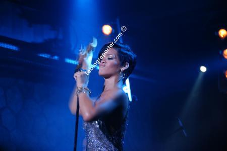 Rihanna_concert_prive_swarovski